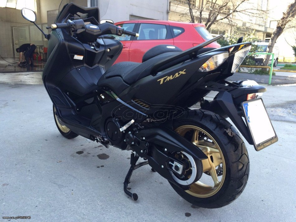 view motorcycle advertisement yamaha t max. Black Bedroom Furniture Sets. Home Design Ideas